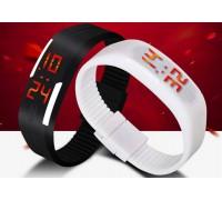 Часы браслет E2 на силиконовом ремешке