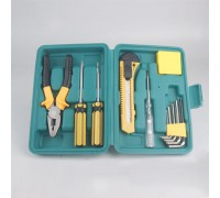 Набор инструментов в чемодане 8012A