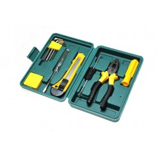Набор инструментов в чемодане 8012E